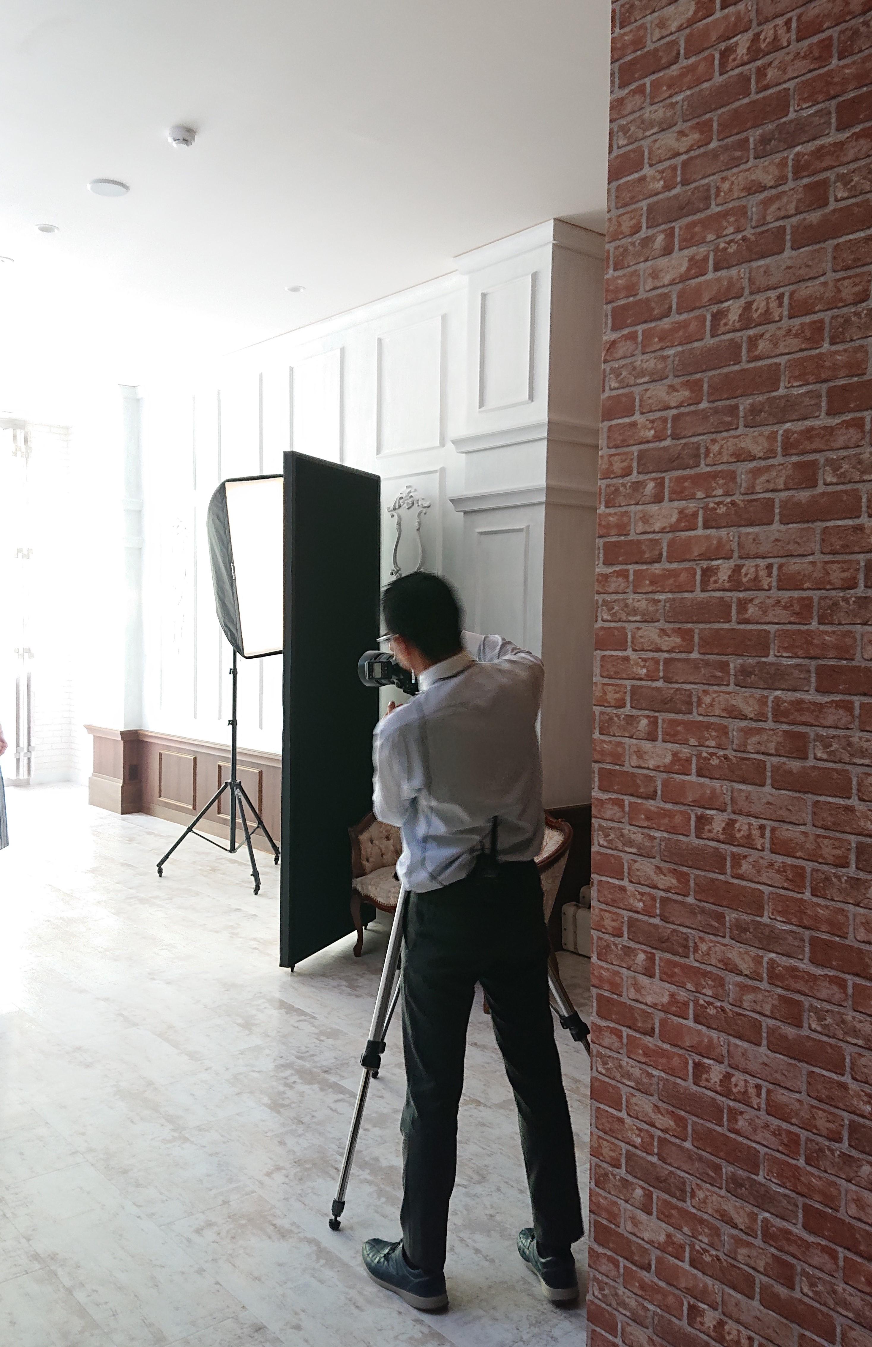 スタジオで写真撮影のお手伝いしました