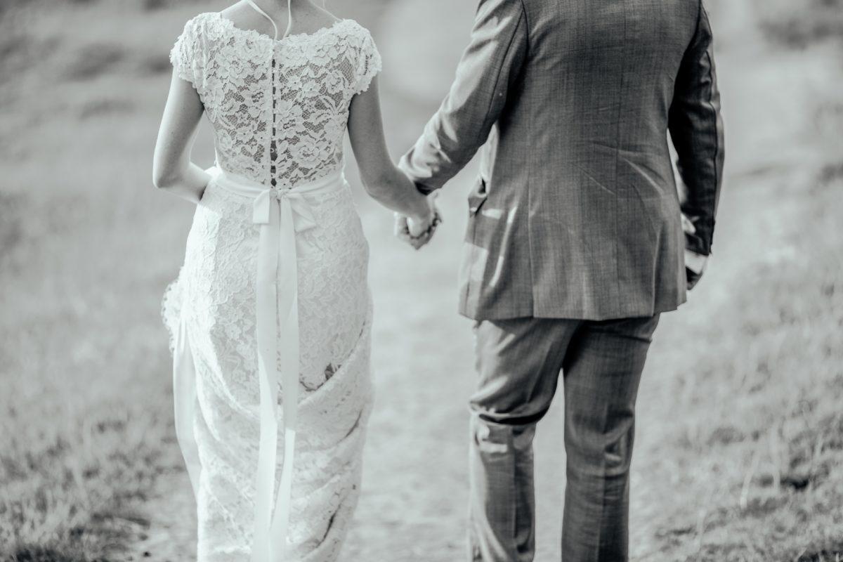 OPPOLOVEにコラム掲載:恋愛結婚とお見合い結婚について